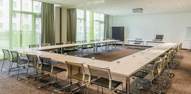 meeting-room-3-2