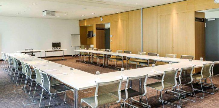 meeting-room-4-2